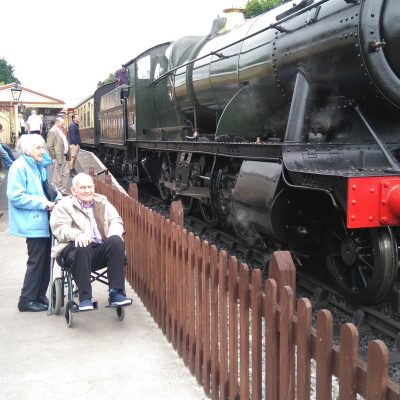 the-laurels-care-home-activities-steam-train